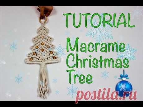 Tutorial Macrame Christmas Tree - YouTube Макраме Новогодняя ёлка. Трикотажный хлопковый шнур - 4 мм. Кольцо - 50 мм. 1 шаг. 2 веревки - 2,5 метра 2 шага. 4 веревки - 2,5 метра 3 шага. 4 веревки - 2,5 метра 4 шага. 2 веревки - 2 метра 5 ступеней. 4 веревки - 1,5 метра 6 ступеней. 2 веревки - 1,5 метра Бусины 9 штук Готовая продукция: 43х30 см