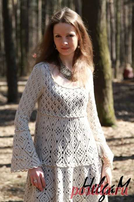 Сказочное платье  В группе ВСЁ СВЯЖЕТСЯ ещё много интересного, Присоединяйтесь  #вязалкиндом_платье_спицами