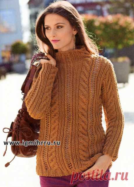 Размеры (российские): 44/46 (48) 50/52. Свободный пуловер выполнен разными узорами и привлекает внимание теплым коричневым оттенком