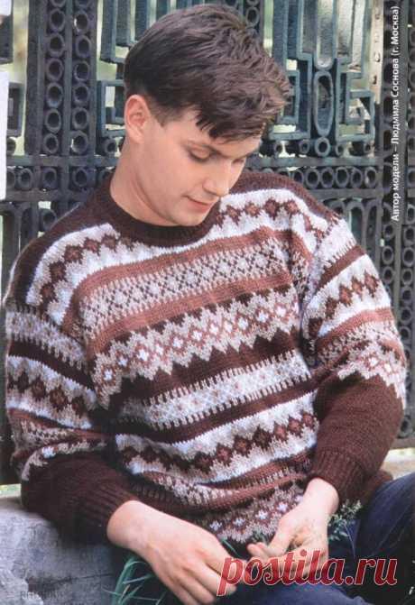 Мужской жаккардовый свитер спицами