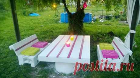 Furniture from pallets the hands