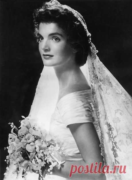 Фотографии из книги о Жаклин Кеннеди