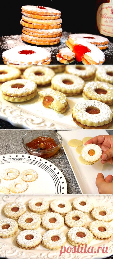 Песочное печенье с начинкой из джема: Алжирское «Саблé» | ChocoYamma | Яндекс Дзен  Для тех, кто вырос в Алжире, это песочное печенье - настоящий символ детства. Такой же, как для нас, например, булочки ванильные или бабушкины блинчики. Так что, давайте попробуем и мы это тающее во рту песочное печенье, супер вкусное и очень простое в приготовлении.