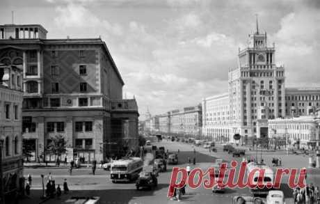 Площадь Маяковского, 1950-е.