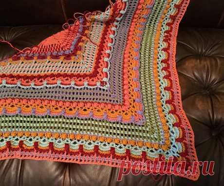 Lost in Time Crochet Wrap - Free Pattern