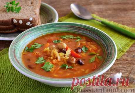 Индийский суп с нутом, фасолью и чечевицей