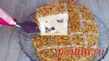Самый простой рецепт медовика на сметане! Необычная сборка торта! — Кулинарная книга