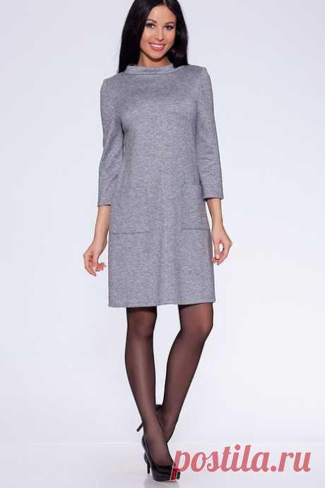 a53ac380b889ec0 Трикотажное платье с рукавами 3/4 и воротником