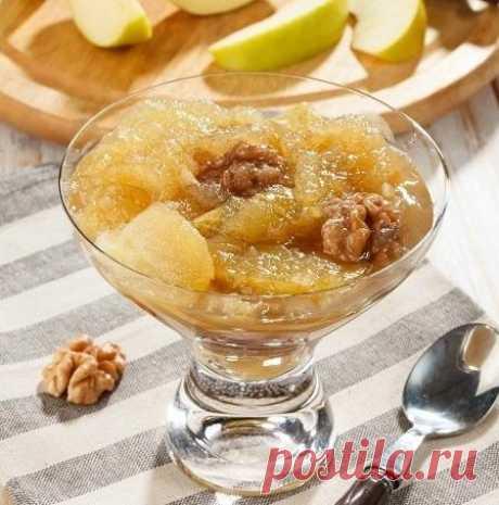 Los frutos del agosto: 10 recetas de los acopios de las manzanas, las peras y las ciruelas