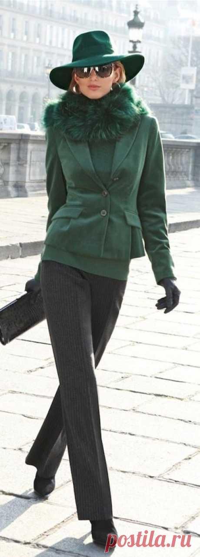 Как сочетать и с чем носить зеленый цвет в гардеробе! Уроки стиля в Школе Шопинга!