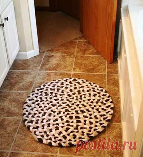 Идеи как сделать коврики из старых вещей своими руками