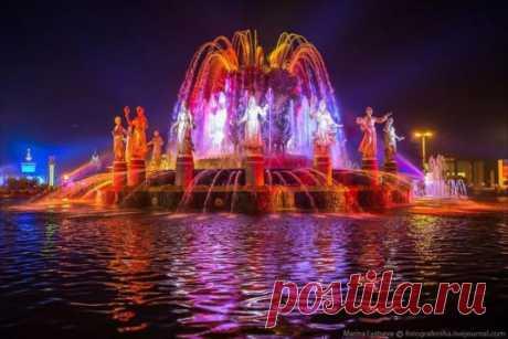 ВДНХ и один из самых красивых фонтанов Москвы и России