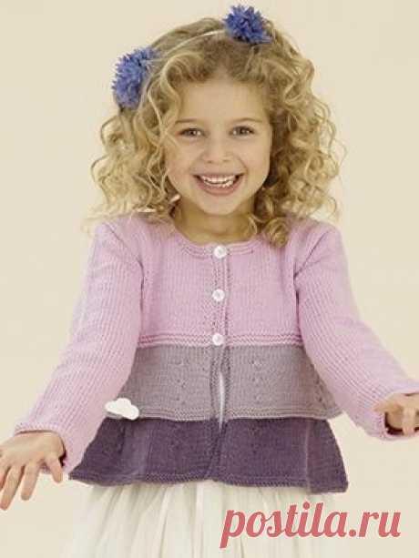 Трехцветный жакет с оборками для девочки