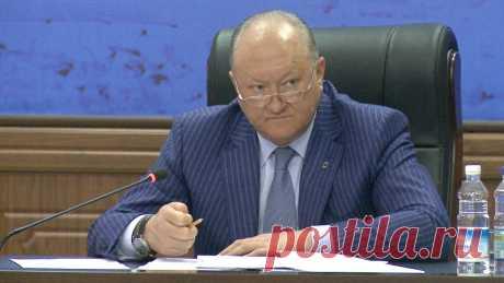 Губернатор Камчатки подал в отставку Губернатор Камчатского края Владимир Илюхин подал заявление об отставке по собственному желанию.