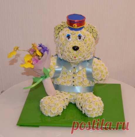 С днем Полиции! Игрушка из живых цветов мишка - полицейский!