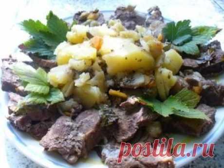 Мясо в листьях смородины — Кулинарная книга - рецепты с фото