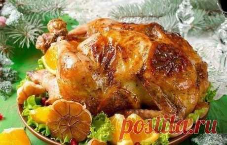 Фаршированная курица. Невероятно вкусное блюдо Готовится она просто, быстро и получается необыкновенно вкусной и пикантной.