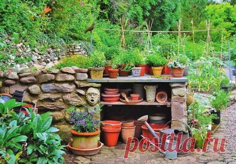 Садовый стеллаж