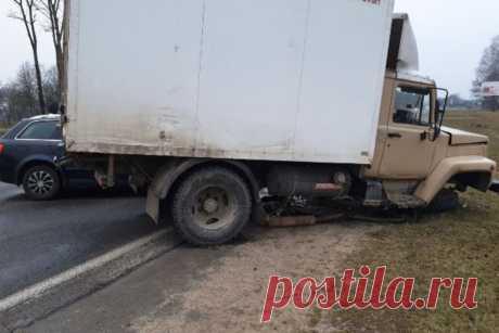 Под Лидой водитель Audi уснул за рулем и врезался во встречный грузовик - grodno24.ru