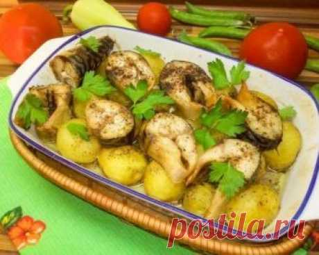 Идея к ужину - Молодая картошечка, запеченная со скумбрией Дети даже добавки просили!