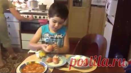 Прикол, мама попросила сына почистить яйца смотреть всем