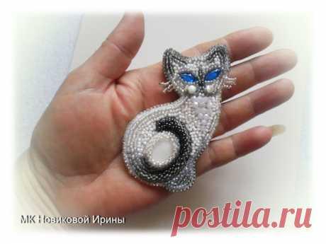 Мастер-класс смотреть онлайн: Кошка-брошка: вышиваем бисером голубоглазую сиамскую красавицу   Журнал Ярмарки Мастеров