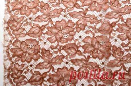 Шантильи с кордовой нитью в терракотовом цвете - купить ткань онлайн через интернет-магазин ВСЕ ТКАНИ