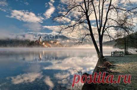 Утреннее озеро Блед, Словения