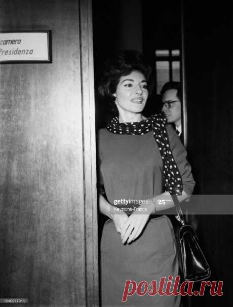 la-cantatrice-maria-callas-milan-italie-le-14-mai-1962-picture-id1040977914 (1555×2048)