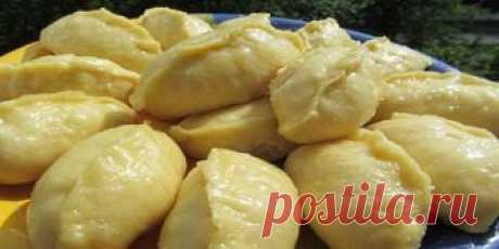 This airy dough for vareniki dements! This recipe passed in our family from father to son!