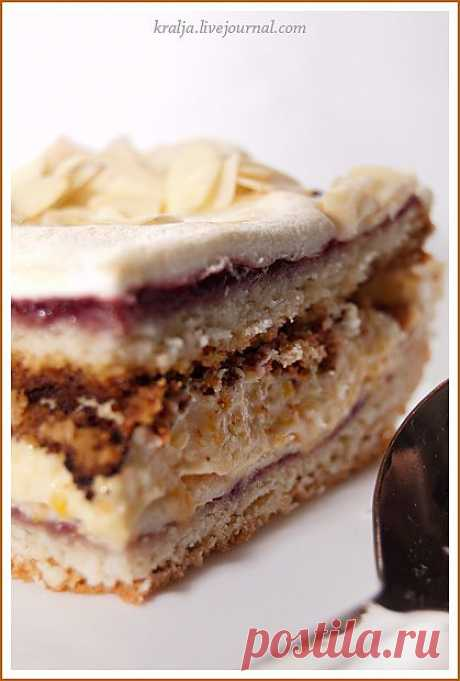 Торт с кремом из кураги и безешной прослойкой. Автор: kralja kralja