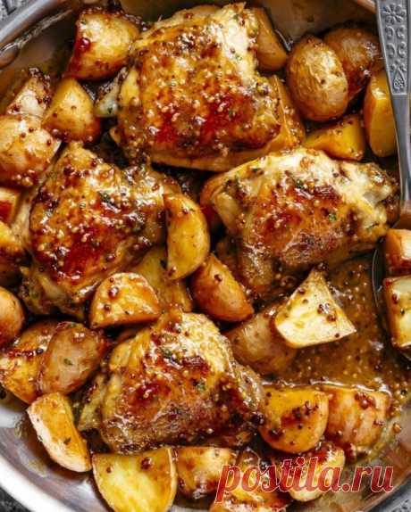 Курица, запечённая с картофелем в медово-горчичном соусе — Sloosh – кулинарные рецепты
