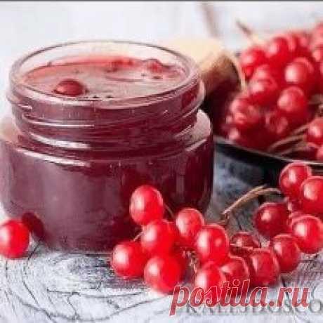 ЦЕЛЕБНЫЕ свойства КАЛИНЫ: простые рецепты. ЦЕЛЕБНЫЕ свойства КАЛИНЫ: простые рецепты. Калина - одна из самых ПОЛЕЗНЫХ ягод в природе. В калине всё ЦЕЛЕБНО: кора, веточки, цветы, ягоды и сушёные косточки.