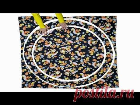 Пошив элегантного платья простым способом/ Самый простой способ сшить платье/Советы и хитрости шитья Если у Вас немного времени и терпения, чтобы сшить нарядное платье из трикотажа, воспользуйтесь самым простым способом пошива! Для пошива платья потребуется: трикотаж «масло» - 1,5 м; нитки в цвет ткани; ткань для подкладки; булавки; ножницы; швейная машина. Как сшить Платье: Шаг 1. Измерьте ширину и глубину выреза горловины. Переведите на ткань с учетом припусков по 1 см, не забудьте добавить …