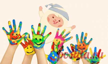 Олеся Емельянова. Десять пальчиков. Инсценировка детской песенки-считалочки. Связь мозга с мелкой моторикой пальцев рук дает нам возможность развивать интеллект с помощью пальчиковых упражнений. Это особенно полезно детям дошкольного и младшего школьного возраста. В этой сценке любимые герои малышей – Ума, Пузя, Тёпа и Няша научат всех желающих веселой и полезной пальчиковой гимнастике с порядковым счетом от 1 до 10.