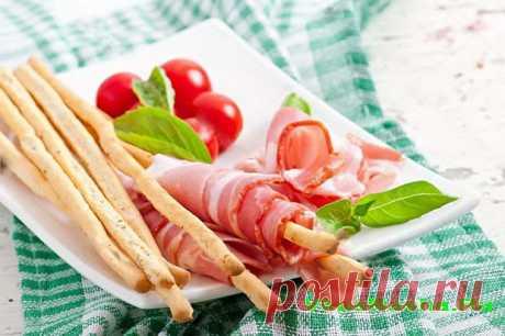 Закуска из хлебных палочек и кальмаров- Романтика | Рецепты вкусных блюд Приветствую любители вкусняшек. Недавно Вкусняша открыла для себя хлебные палочки, которые замечательно подходят для приготовления закусок. Сегодня попробует с кальмарами