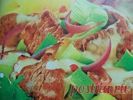 Нежная говядина в соусе очень вкусная....