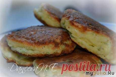 Хачапури ленивые или сырники с зеленью и твердым сыром. МК .