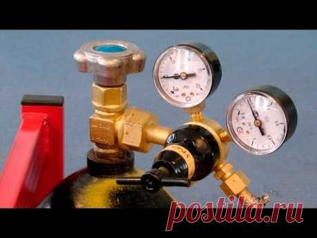 Welding by a semiautomatic device. How to adjust pressure of protective gas and its expense.