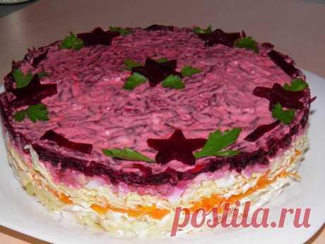 Слоеный салат Мой генерал с курицей на Новый год рецепт с фото пошагово - 1000.menu