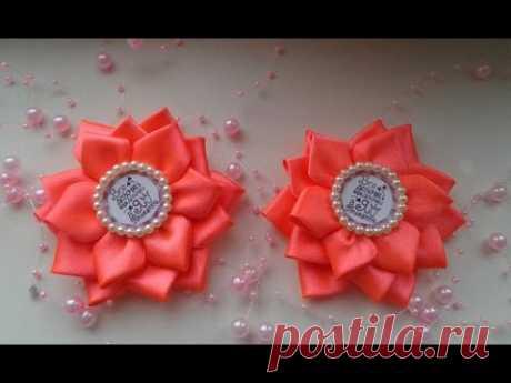 Простые и быстрые цветочки из атласной ленты 2,5 см. Канзаши. Мастер класс/ DIY  Kansashi