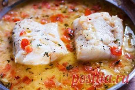 Вкусная тушеная рыбка с томатами по - сицилийски!   Настоящее объедение!   на 100 грамм - 58.84 ккалБ/Ж/У - 12.54/0.51/0.95
