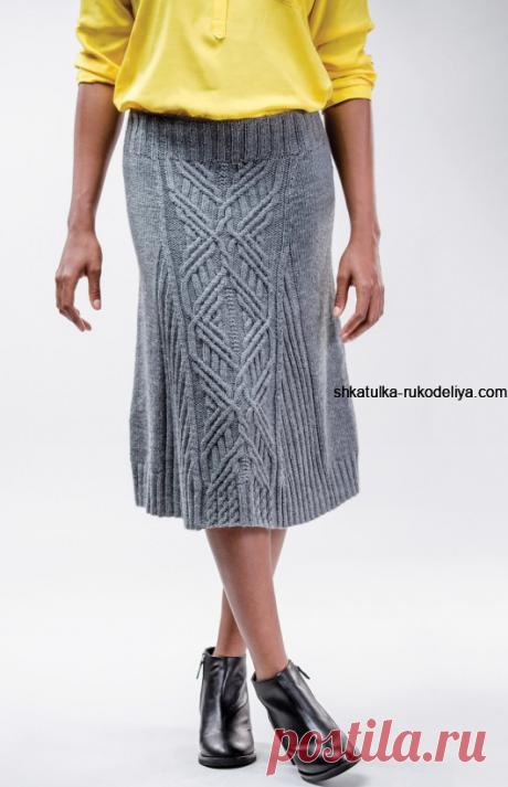 Женская теплая юбка спицами и аранами