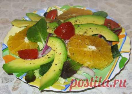 Салат с авокадо и апельсином в лимонно-медовой заправке - рецепт с фото пошагово Салат с авокадо и апельсином в лимонно-медовой заправке - пошаговый кулинарный рецепт приготовления с фото, шаг за шагом.
