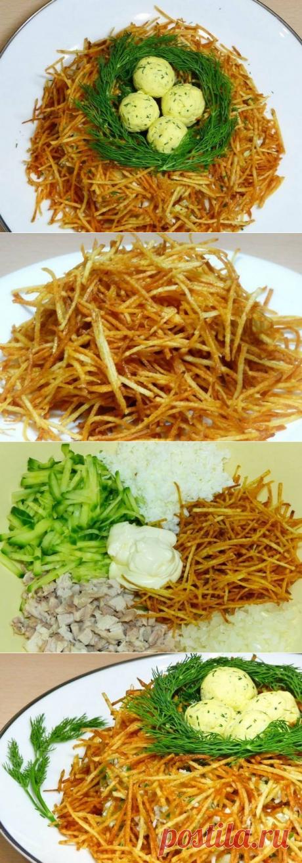 """Новогодний стол: салат """"Гнездо глухаря"""". Новогодние рецепты Повара ВК"""