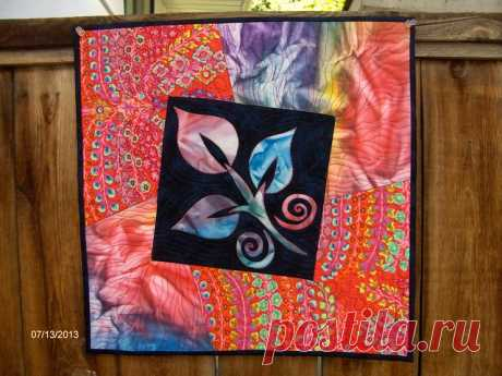 Abstract Leaf Quilt | A second small wall hanging I made to … | Flickr