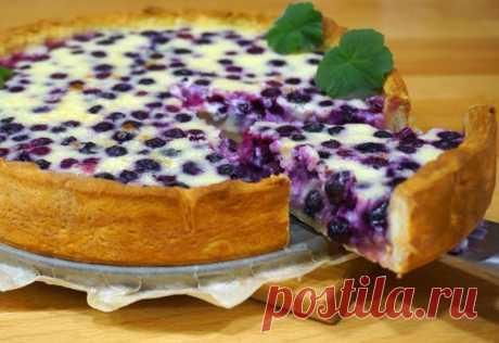 Пирог с ягодами со сметанной заливкой Вкуснейший пирог из песочного теста с нежнейшей начинкой. Можно брать для пирога...