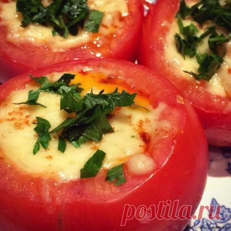 Праздничные помидоры, фаршированные куриными яйцами и брынзой!