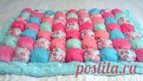 Как сшить одеяло из воздушных пузырьков: необычное одеяло бонбон