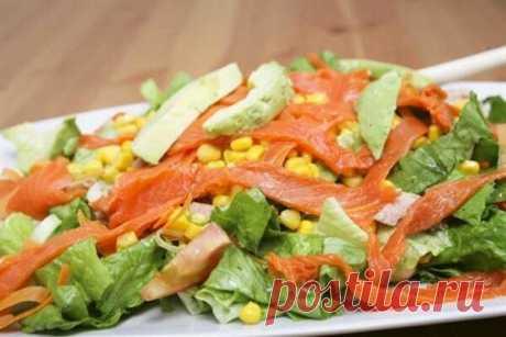 Очень вкусный и простой салат с рыбой горячего копчения. | Блоги о даче и огороде, рецептах, красоте и правильном питании, рыбалке, ремонте и интерьере